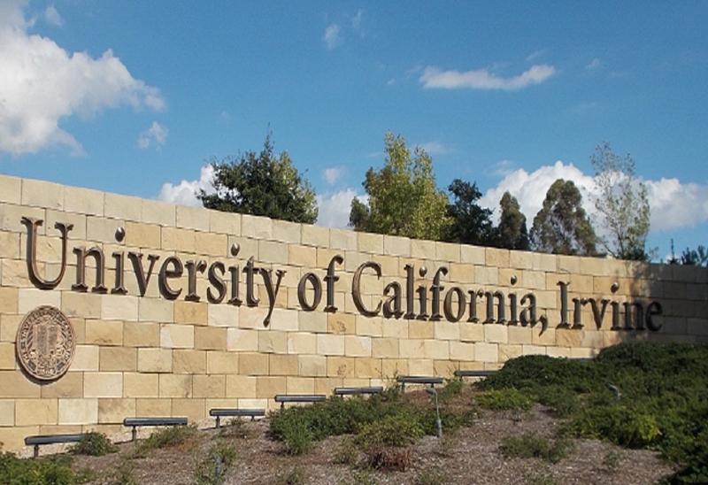 UC Irvine 무료 온라인 ESL 수업 및 재학생들과의 프리토킹